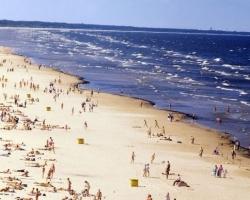 Blue_flag_beach_J-rmala_-_panoramio-2-768x387-1-768x387